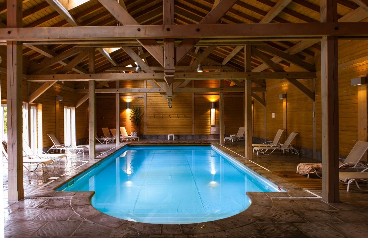 Hotel Piscine Interieure Jura