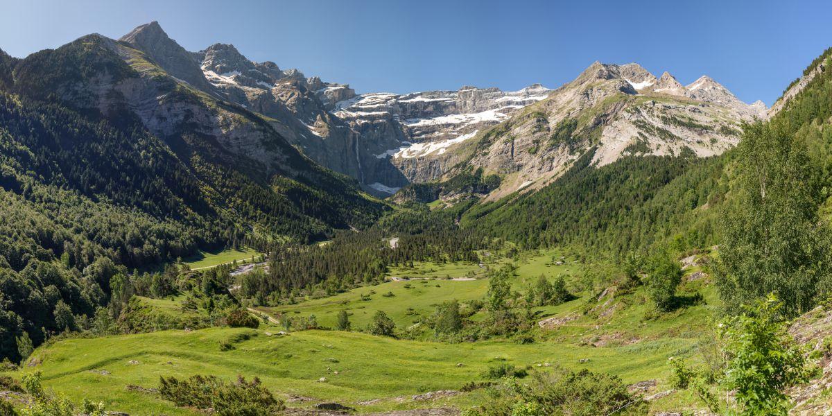 15 sites incontournables de montagne france montagnes for Camping cirque de gavarnie avec piscine