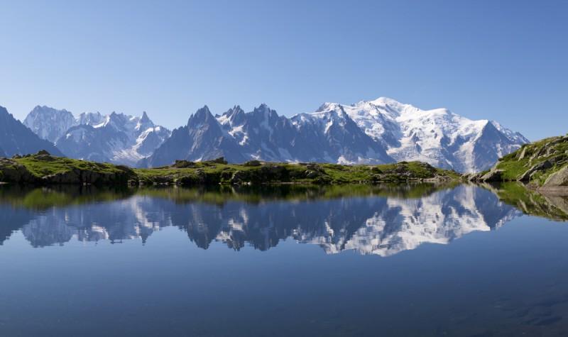 Lacs de montagne, entre baignade et contemplation - France Montagnes - Site Officiel des ...