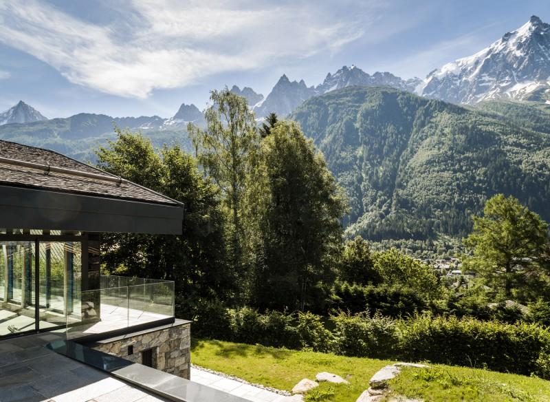 habiter la montagne chalets et maisons d 39 architectes france montagnes site officiel des. Black Bedroom Furniture Sets. Home Design Ideas