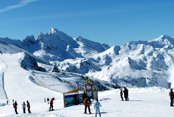 ax 3 domaines france montagnes site officiel des stations de ski en france. Black Bedroom Furniture Sets. Home Design Ideas